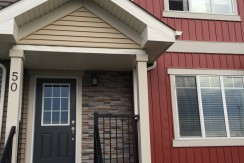 LUXURY 3 bedroom 2.5 bath townhouse. ALBANY