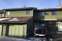 3 bedroom 2 bath Townhouse/FINISHED basement $1500/month