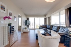 2 bed 2 bath LUXURY condo DOWNTWON $2000/month