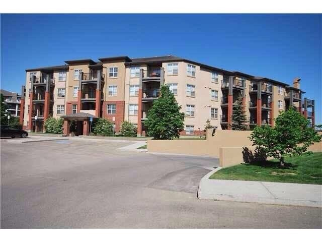 one bedroom/one bathroom condo available for rent July 1st, 2016 in Rutherford Village