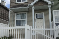 Modern, Open Concept 3 Bdrm Terwillegar Townhouse, 2.5 bath w/ 2-Car Garage