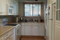 3 bedroom 2 bath Townhouse/FINISHED basement $1500/month – Edmonton
