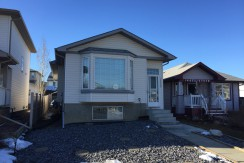 3 bedroom 1 bath Upper level Bungalow. MILLER, $1100/month