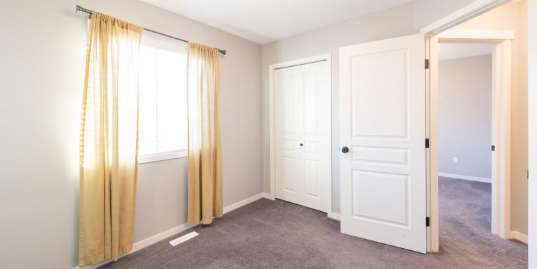 008 bedroom -002