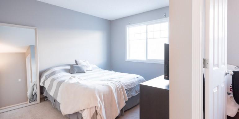 006 - bedroom 005