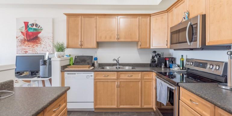 007 -kitchen 003