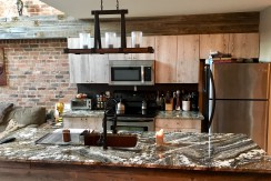 FULLY FURNISHED 2 bedroom, DOWNTOWN $1950 ALL INCLUDED