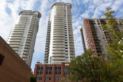 2 bed 2 bath condo, Downtown Icon tower $1899/month