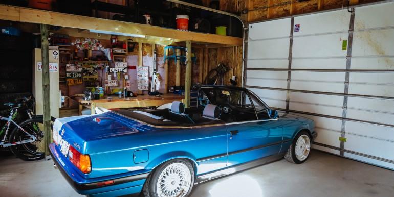 01 Exterior - 03 garage inside