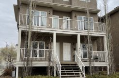 Spacious 2 floor, 2 Bedroom 1.5 bath Condo $1300/month