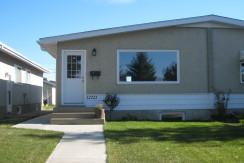Half Duplex For Rent Northside Edmonton $1275/month