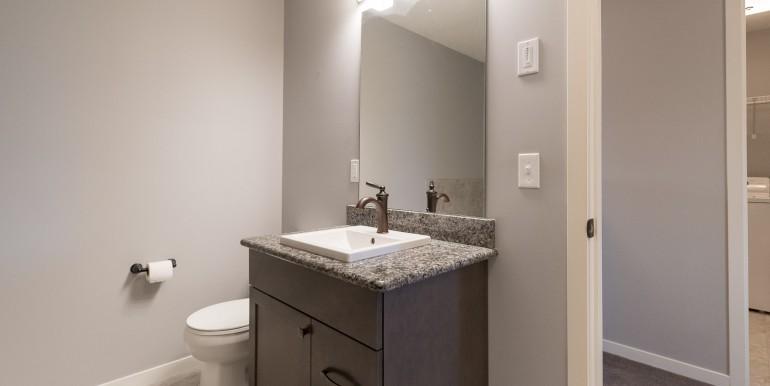 006 bathroom 002