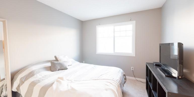 006 - bedroom 001