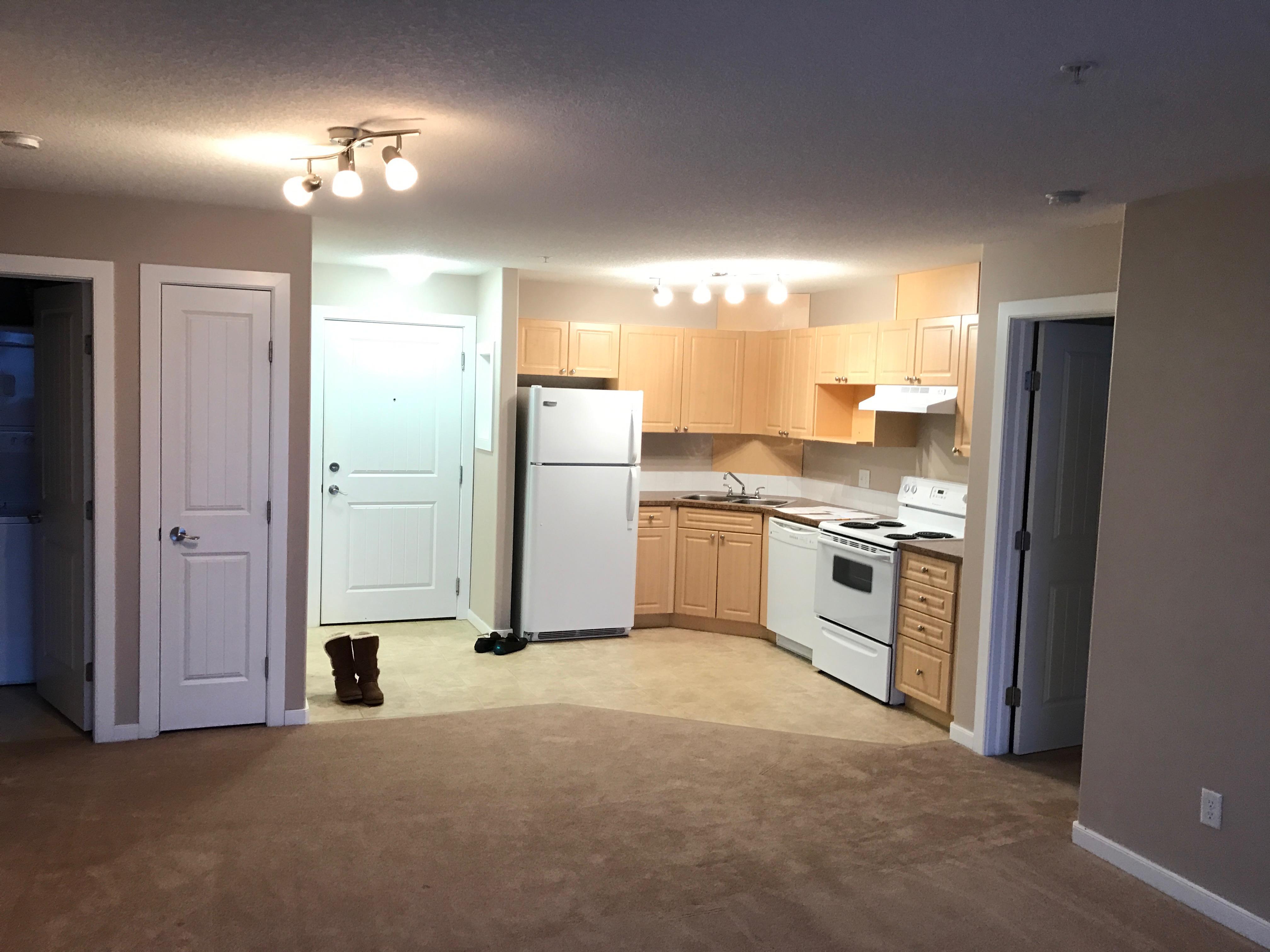 2 bed 2 bath condo. Spruce Grove. $1100/month