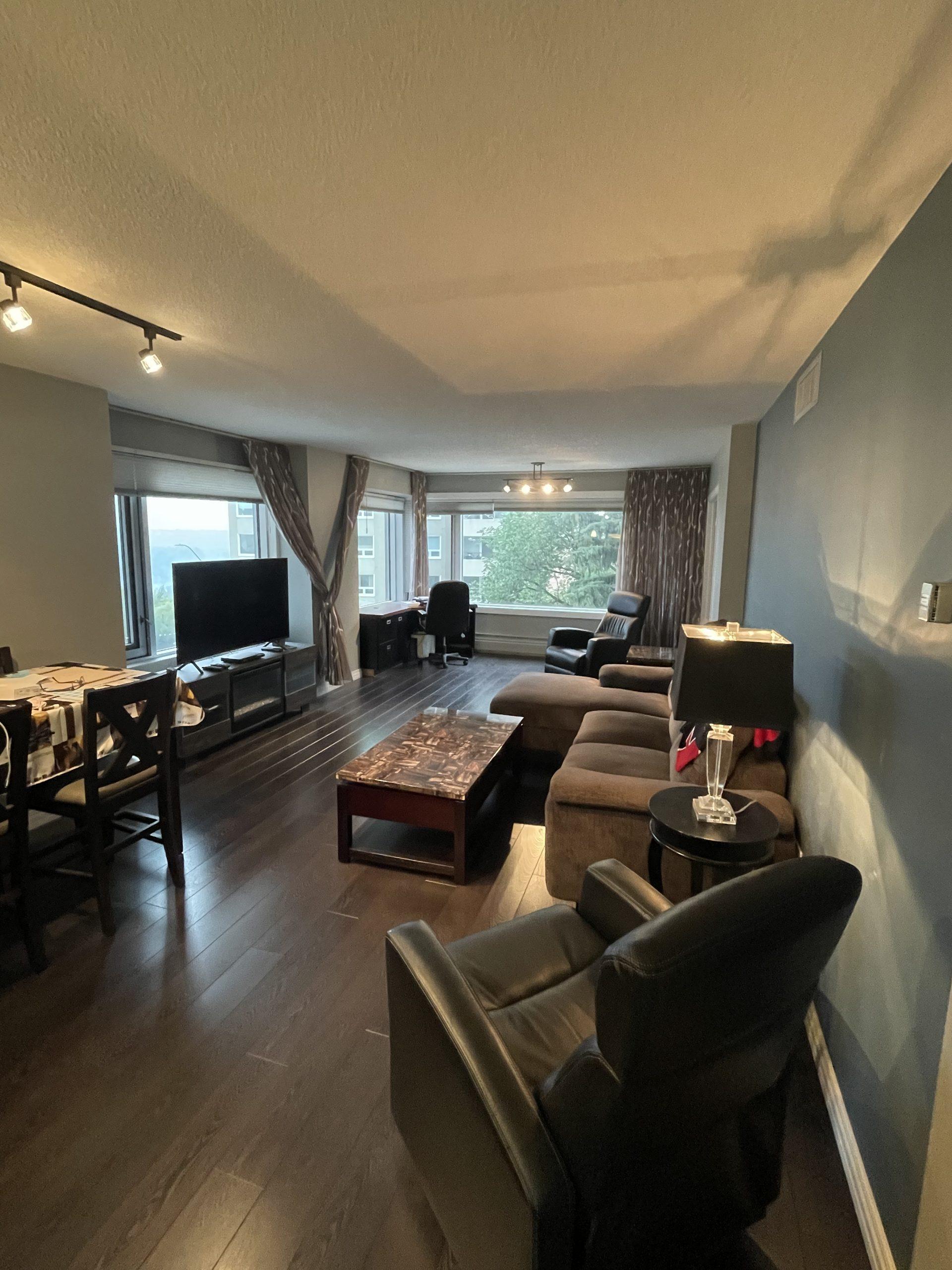 2 bedroom 2 bath condo Downtown. $1700/month